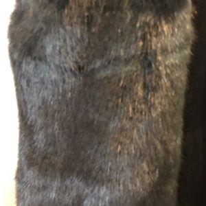Club Monaco Jackets & Coats - Club Monaco Green Faux Fur Vest S Small